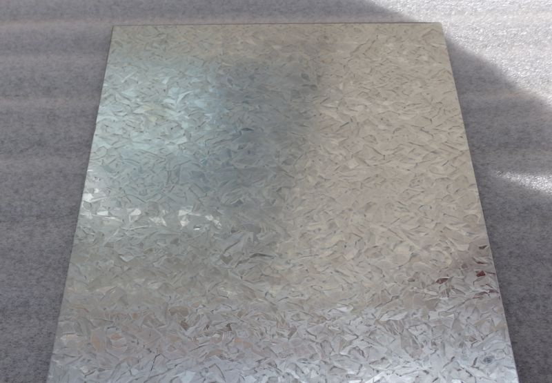 Spangled Galvanised Steel Sheet